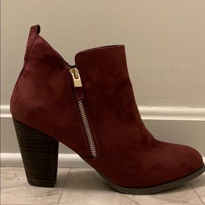 Burgundy suede boot